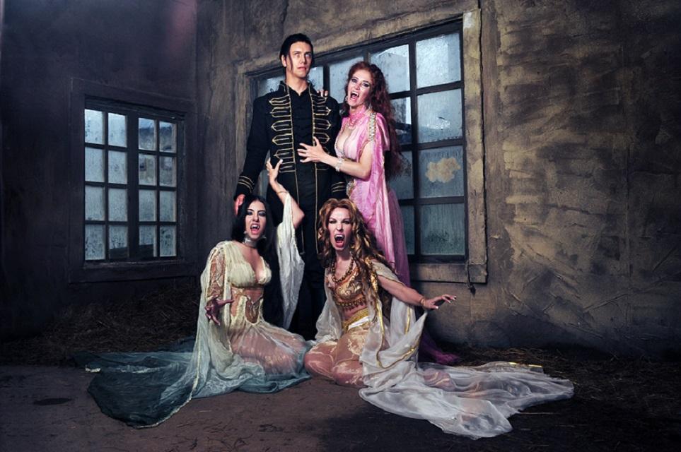 HM dracula aleera marishka verona cosplay by nemu013